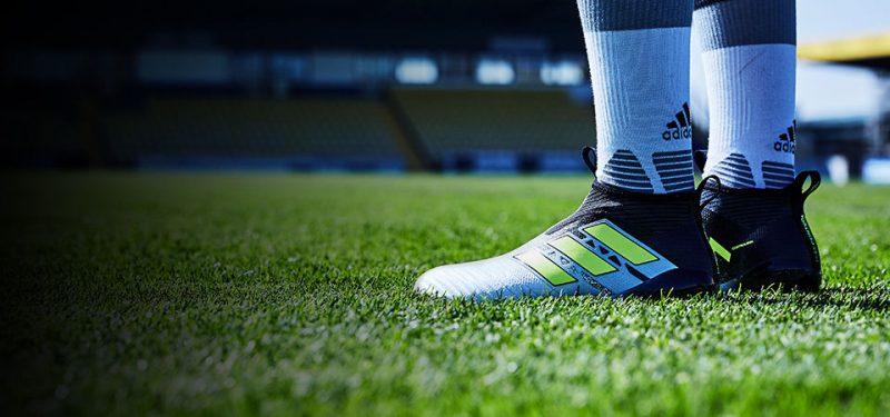 Hướng dẫn cách đo size giày đá bóng