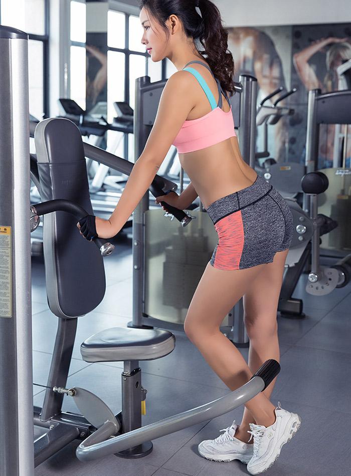 găng tay tập gym nữ fitty wear nửa bàn màu hồng