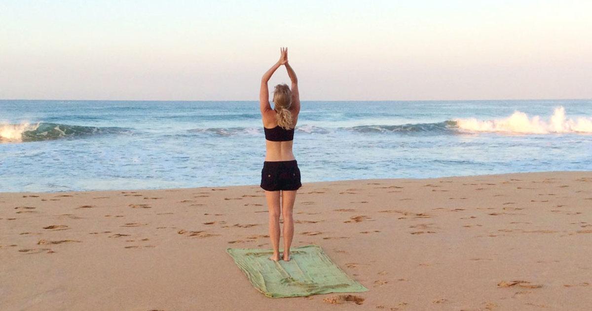 Yoga cải thiện vòng một