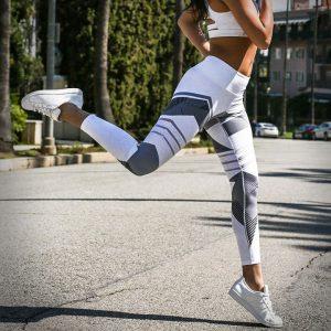 quần legging trắng