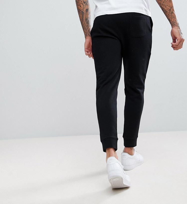 quần jogger nam hummal hyper black màu đen