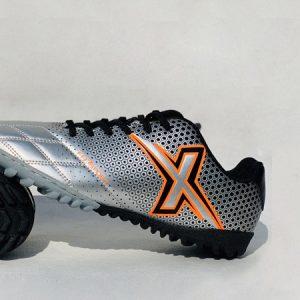Giày bóng đá nhân tạo fex màu bạc