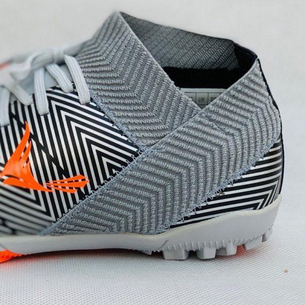 Giày bóng đá nhân tạo mira07 màu bạc