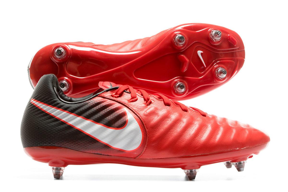 giày đá bóng sân cỏ SG