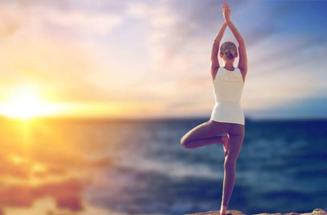 4 bài tập Yoga chữa gù lưng bạn không nên bỏ qua