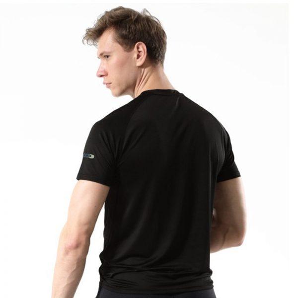 Áo thun thể thao running màu đen